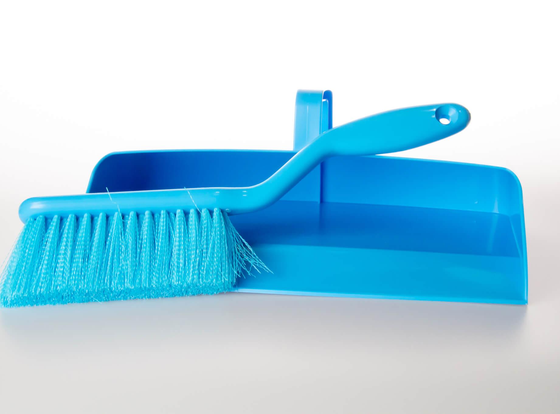 Creeds Dustpans & Brushes